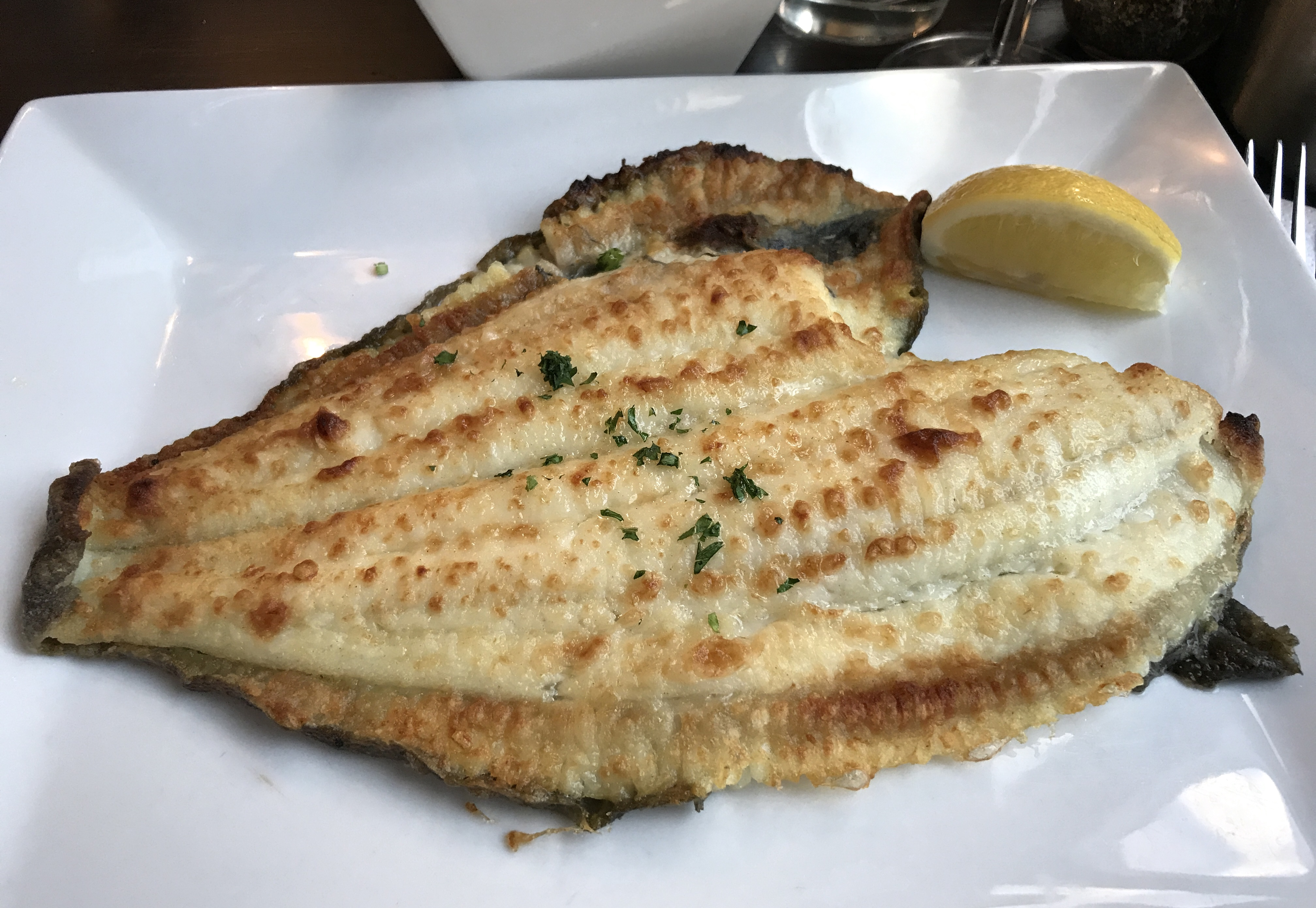 Eat the table for Sea salt fish grill